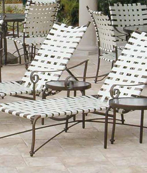 Tuscan Villa Cross Weave Chaise Lounge