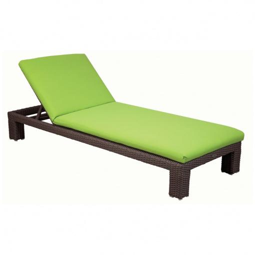 ciro-wicker-chaise