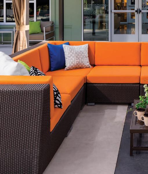 Ciró Wicker Sofa